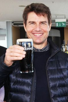 Tom Cruise Short, Tom Cruise Young, Cheers Stars, Luke Benward, Z Cam, Cute Eyes, Actrices Hollywood, Celebrity Couples, Celebrity Style
