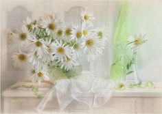 LUIZA GELTS Love Flowers, Beautiful Flowers, Arte Floral, Still Life Photography, Wonderful Images, Glass Vase, Daisy, Photos, Table Decorations