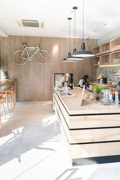 Kaffe - อารีย์ | รีวิวร้าน | ข้อมูลร้าน - gallery Kaffe - อารีย์ (Cafe) Kaffe | คาเฟ่ร้านใหม่จาก Li-bra-ry ที่พร้อมต้อนรับนักปั่นอย่างอบอุ่น