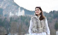 Schloss Neuschwanstein – einfach wunderbar Trips, Fur Coat, Winter Jackets, Fashion, Neuschwanstein Castle, Stones, Simple, Viajes, Winter Coats