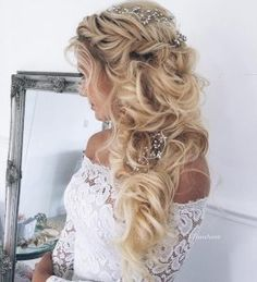 Twisted Crown Half-Updo | 12 Curly Homecoming Hairstyles You Can Show Off
