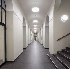 Working with the team at BuckleyGrayYeoman, Solus Ceramics were delighted to supply tiles to St Vincent's Centre, a building complex that houses The Passage, a charity that helps homeless people.