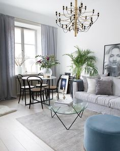 Cozy Minimalist Living Room - Josh and Derek Beautiful Interior Design, Home Office Design, Interior Design Living Room, Interior Decorating, My Living Room, Home And Living, Living Room Inspiration, Interior Inspiration, Design Inspiration
