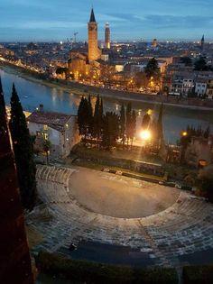 Verona, Marina Bay Sands, City, Building, Travel, Beautiful, Italia, Pictures, Tourism