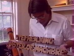 French TV documentary/interview from 1990 with Stephen King : >>> http://club-stephenking.fr/4303-actualite