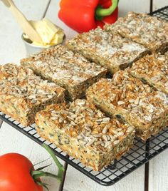 energibröd7 Banting Recipes, Yummy Food, Tasty, Banana Cream, Bakery Cakes, Protein Bars, Pain, Delish, Food And Drink