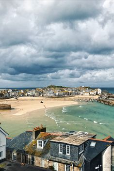 Moody skies over St Ives Harbour, St Ives still looks beautiful! Out of season St Ives is the perfect place to come with restaurants open all year round. Check out our special places to stay in St Ives. The Places Youll Go, Places To See, Cornwall Beaches, Cornwall Coast, Art Plage, St Ives Cornwall, Holiday Places, Holiday Destinations, Into The West