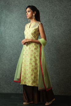 Chanderi banarasi weaved kurta embellished with zardosi and kundan work with palazzo pants from #Benzer #Benzerworld #Kurta #Womenswear #Palazzo #Indianwear #Ethnicwear