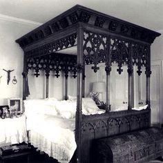 Darque Manor