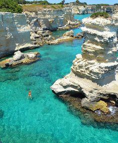 Torre Sant'Andrea, Salento Otranto na Puglia, Itália. Italy Vacation, Vacation Places, Dream Vacations, Italy Travel, Vacation Spots, Places To Travel, Places To See, Italy Trip, Vacation Packages