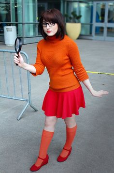Character: Velma Dinkley / From: Hanna-Barbera's 'Scooby Doo' Cartoon / Cosplayer: Lora Elizabeth Griffith (aka Lora Wulf Art, aka Tetra-Triforce) / Event: Denver Comic-Con (2015)
