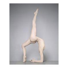 Brigitte Niedermair   #bladebone #bladebone_    #brigitteniedermair #photographer #body #legs #beauty #fashionart #yoga #vscocam #vsco