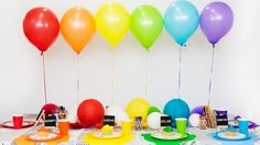 How to throw an art-themed birthday party Birthdays birthday party Birthday Party Images, Birthday Parties, Art Birthday, Crafts For Teens, Diy And Crafts, Art Themed Party, Happy Belated Birthday, Event Planning Business, Party Venues