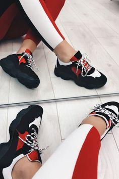 Yazmin Black & White Suede Detail Trainers Alasca, Bolsas Louis Vuitton, Tênis, Botas E Sapatos, Cestas, Sapatilhas, Doces De Copinho, Moda Infantil Feminina, Zapatos