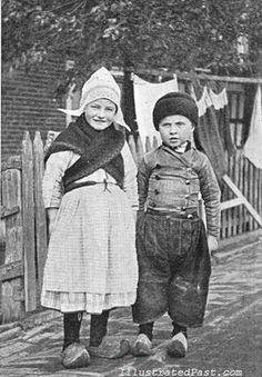 Two Dutch Children 1906