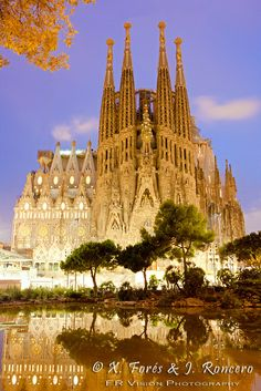 Excursiones en Barcelona Чтобы лучше узнать город, советуем воспользоваться нашими экскурсиями в Барселоне на русском языке http://guide-barcelona-tour.com/