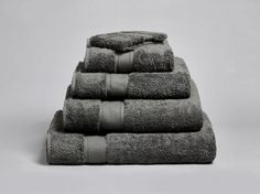 The Shinjo is our most premium 700GSM towelling range. The ultimate in luxury, comfort and softness with upmost absorbency.  https://www.cozelinen.com/products/shinjo-towels?variant=24388883207