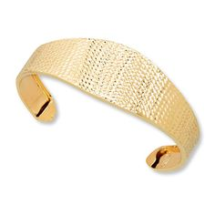 Kay Jewelers gold cuff | More here: http://mylusciouslife.com/wishlist-gold-cuffs/