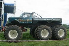 Have you seen this Ford monster truck before? Big Monster Trucks, Monster Mud, Monster Track, Trucks For Sale, Cool Trucks, Big Trucks, Semi Trucks, Lifted Trucks, Chevy Trucks
