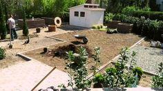 Gardendesigner, Kertépítés ötletek, kerttervezés Modern Garden Design, Plants, Modern Landscape Design, Plant, Contemporary Gardens, Planets, Modern Landscaping