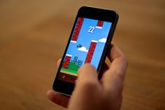 "Apple Design Award Winner Tapity Releases A ""Flappy Bird"" Clone"