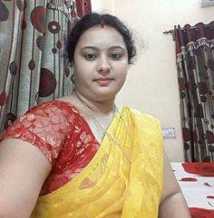 Beautiful Curves, Beautiful Saree, Beautiful Body, Beautiful Women, Beautiful Girl Indian, Most Beautiful Indian Actress, Beauty Full Girl, Beauty Women, Beautiful Housewife