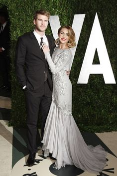 Miley Cyrus and Liam Hemsworth at the #Oscars Vanity Fair afterparty.
