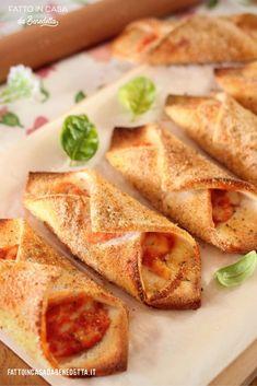 Antipasto, Food Humor, Crepes, Mozzarella, I Foods, Finger Foods, Italian Recipes, Food Inspiration, Sweet Recipes