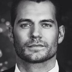 #blackandwhite #henrycavill #sexy #superman #justiceleague #thoseeyes #stubble #thatface #poshtotty #london #british