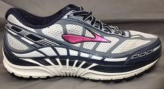 Brooks Dyad 8 Womens 7.5 (EE) Wide Running Shoes  Gray/Slate