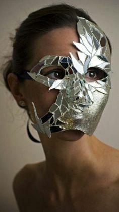 Eleri's mask during the Masque Headdress, Headpiece, Cosplay, Corset Costumes, Mirror Mosaic, Cd Mosaic, Mirror Art, Mirrors, Beautiful Mask