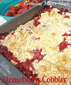 yummy and easy Strawberry cobbler. Everyday Mom's Meals: 10 Pounds of Berries Equal. Fresh Strawberry Recipes, Strawberry Cobbler, Fruit Recipes, Summer Recipes, Dessert Recipes, Cooking Recipes, Recipies, Strawberry Picking, Fruit Dessert
