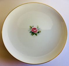 Dinner Plares Set of 4 Style House Japan Miniver White Pink Rose Gold Rim Bone China