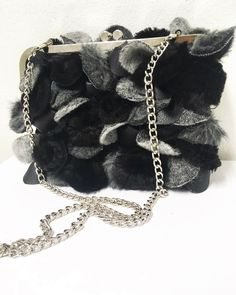 Unique shoulder bag made of same textile as pillow and blankets Bag Making, Shopping Bag, Blankets, Gucci, Textiles, Shoulder Bag, Luxury, Unique, Bags