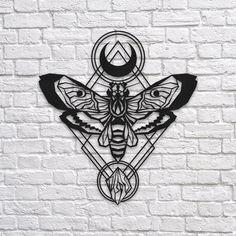 Luna Moth - Metal Dekor #wall #metal #sign #decor #decoration #interior #interiors #minimal #quote #gift #walldecor #idea #ideas #lunamoth #luna #tattoo