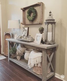 """713 Likes, 13 Comments - Beth (@homedecormomma) on Instagram: """"I get asked about this console table that my husband built quite a bit!  I do not have the exact…"""""""