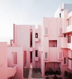 Muralla Roja #architecture