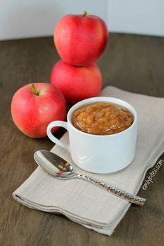 Emily Bites - Weight Watchers Friendly Recipes: Slow Cooker Applesauce