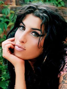 Amy Winehouse Watched Videos Of Herself Right Before Passing Away! on In Flex We Trust – New information has been released of Amy Winehouse's death…. Jazz, Amy Jade Winehouse, Amy Winehouse Style, Amazing Amy, Toni Braxton, Women In Music, Celebrity Babies, Female Singers, Classic Rock