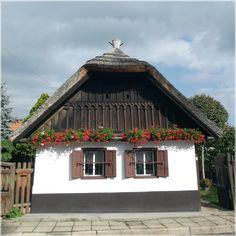 Matyóföld szívében, Magyarország Heart Of Europe, Provence, Farmhouse, Exterior, Cabin, Rustic, Traditional, Country, House Styles