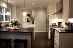 Modern Kitchen Layout Design