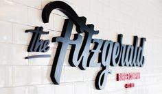 Diseño de Identidad corporativa, elementos de comunicación y de interiorismo para restaurante de hamburguesas gourmet.