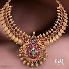 If you are looking for the online Fashion Jewelry then juvaliashop is the best w. Jewelry Design Earrings, Gold Earrings Designs, Jewellery Designs, Indian Gold Necklace Designs, Gold Haram Designs, Diamond Jewelry, Indian Gold Jewellery Design, Handmade Jewellery, Pendant Jewelry