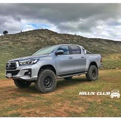 4x4, Rusticos, ToyotaさんはInstagramを利用しています:「#Toyota#Hilux#Kavak#Fortuner#4runner#toyotacreepers#toyotalovers#seguidores#flex#quiebre#offroad#usa#iran#vzla#Offroadworld#vzla4x4#ford#procomp#lightforce#ome#arb#bfgoodrich#maxxis#ipf#icon#axial」