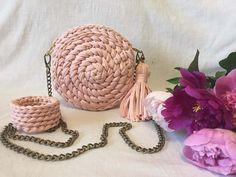 Round crochet bag Beige powder bag Shoulder bag Knitted