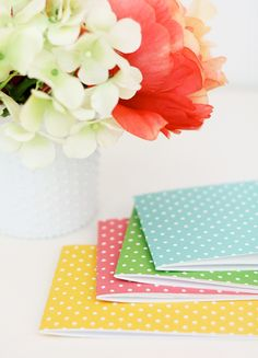 Easy Like Sunday Morning: Folded Notecard Notebooks (Stapled) Crafts To Make, Fun Crafts, Crafts For Kids, Arts And Crafts, Scrapbook Paper Crafts, Scrapbooking Ideas, Paper Crafting, Craft Organization, Organizing Crafts