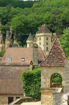 La Roque Gageac, Aquitaine La Roque Gageac, Beaux Villages, 11th Century, French Countryside, Dark Ages, Roman Empire, Middle Ages, Bordeaux, Castles