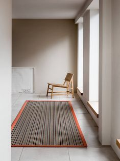Natural living rom with seagrass urg  wooden chair   The Best Place To Buy Designer Carpets At Budget Prices - WeLoveHome - Home Hygee Home, Alternative Flooring, Scandi Home, Natural Flooring, Upstairs Bedroom, Beige Carpet, Flooring Options, Love Home