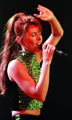 Shania 'Come On Over' World Tour