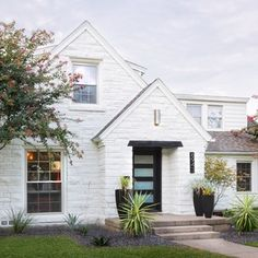 Thinking of taking on a remodeling project this year? Read this first. A new report from the Texas Association of Realtors outlines the renovation trends that were the most profitable ...